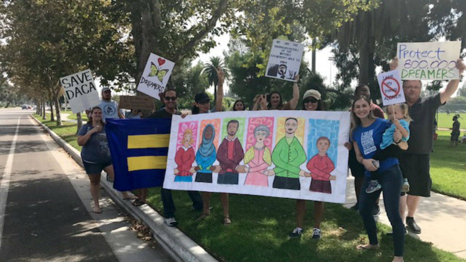 HRC Los Angeles Joins United4Love2 Rally