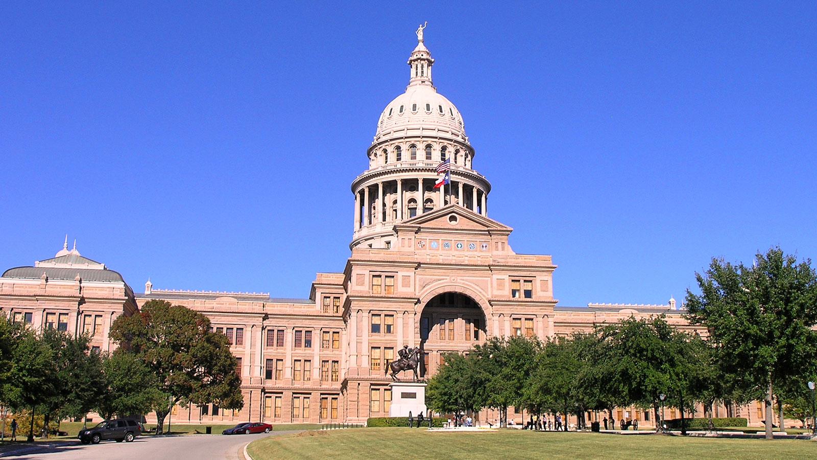 Texans: Ask Governor Abbott to Veto HB 3859 and SB 2078