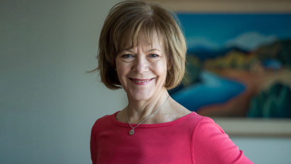 Human Rights Campaign Endorses Tina Smith for U.S. Senate in Minnesota