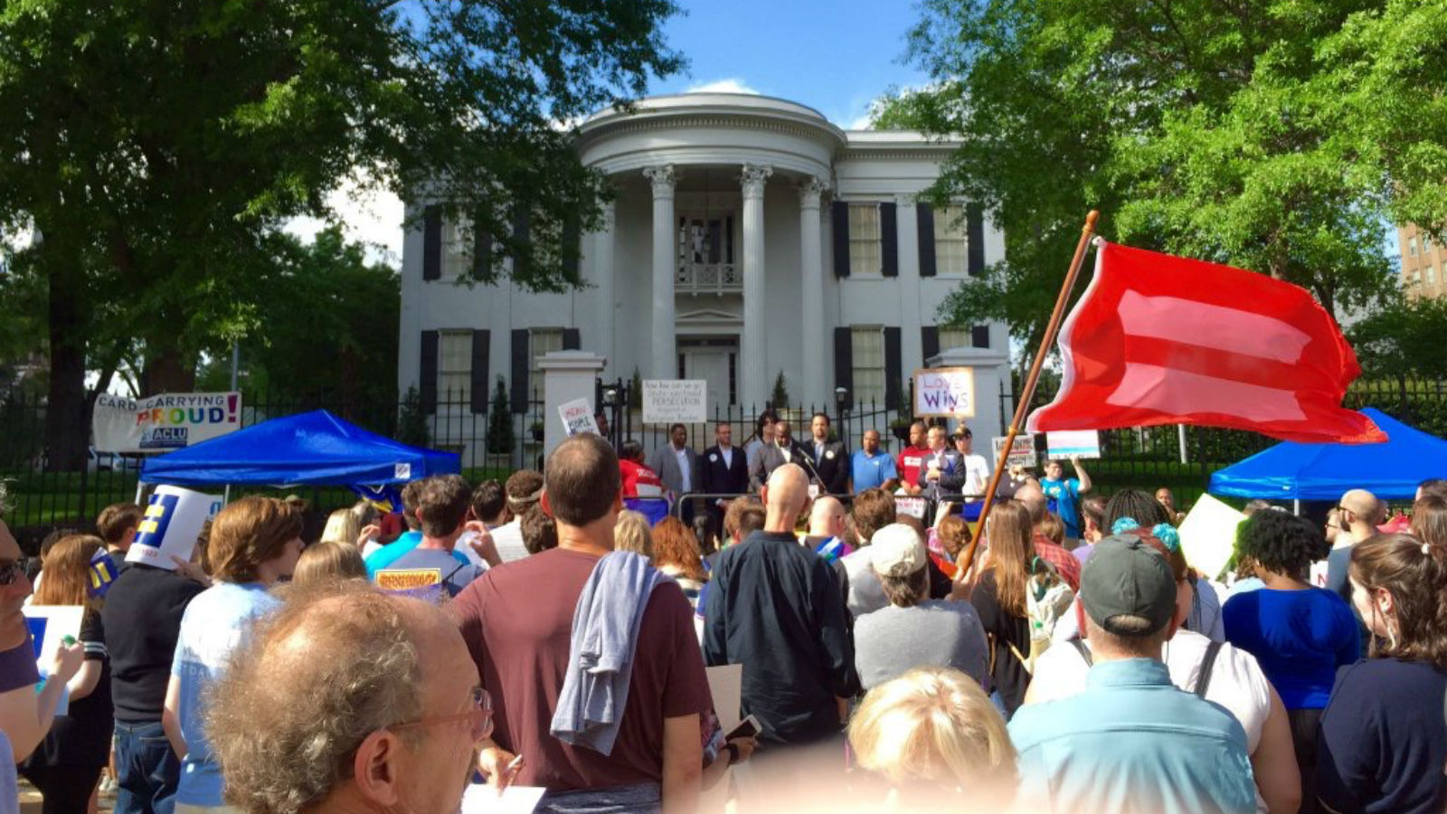 Hundreds Rally in MS to Demand Repeal of Discriminatory H.B. 1523 ... 5682331cf82