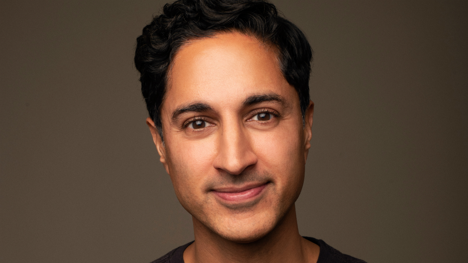 Actor Maulik Pancholy Hosts #HRCTwitterTakeover for Asian Pacific American Heritage Month