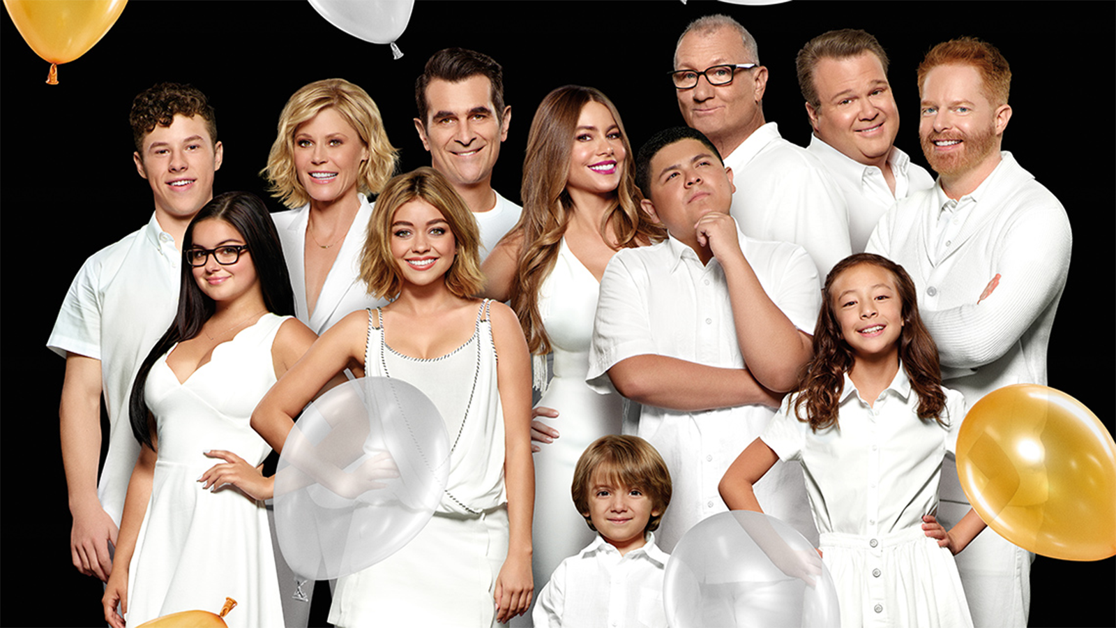 "A Modern Family celebrating ""modern family"" after 11 groundbreaking seasons"