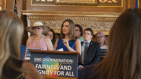 HRC Joins Advocates and Lawmakers in Wisconsin for Introduction of Non-Discrimination Bill